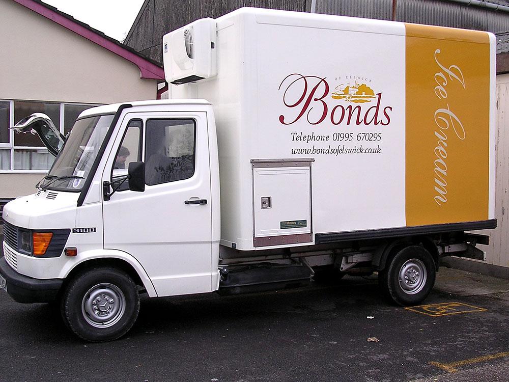 bonds-ice-cream-vehicle-wrap